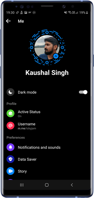 apps with dark mode- Messenger