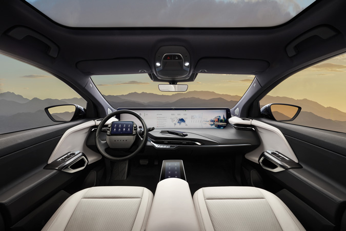 byton-electric-vehicle-passenger-view